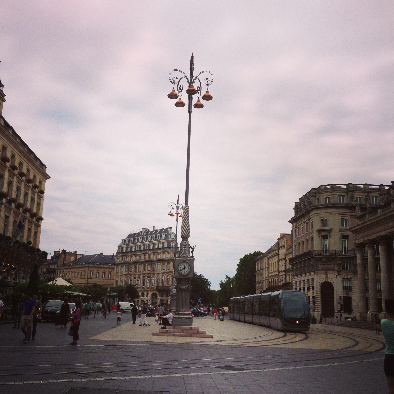 Bordeaux / photo by Camila Shoji
