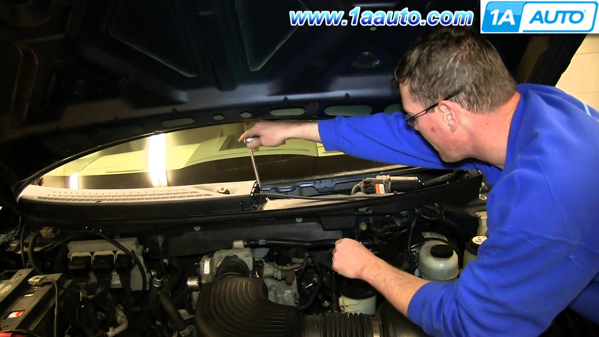 Replace Cowl Ford F150 Ford F150