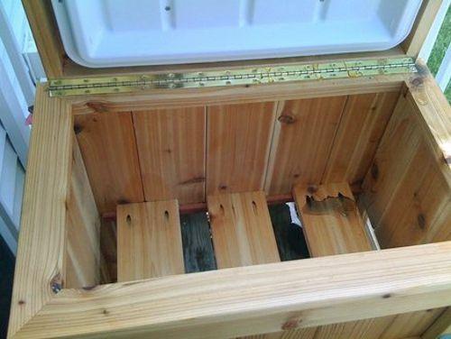 Mueble de madera preparado para contener nevera de picnic - Mueble para nevera ...