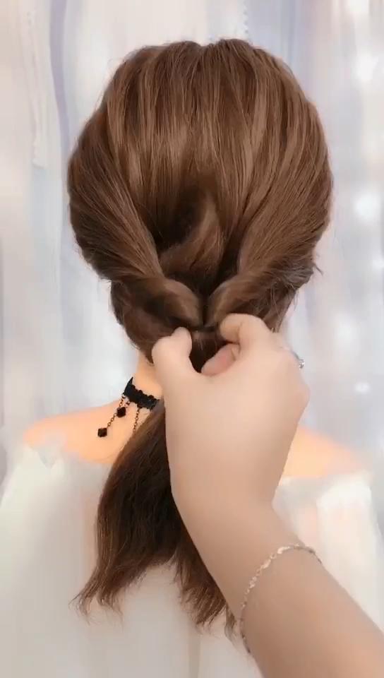 Hairstyles For Long Hair Videos 2019 1122 Hair Hairaccessoriesheadbandsvideoslittlegirls In 2020 Hair Videos Long Hair Styles Hair Braid Videos