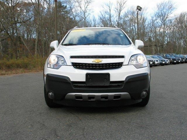 2014 Chevrolet CaptivaSport LS LS 4dr SUV w/2LS SUV 4 Doors Arctic Ice for sale in Abbington, MA Source: http://www.usedcarsgroup.com/used-chevrolet-for-sale-in-abbington-ma