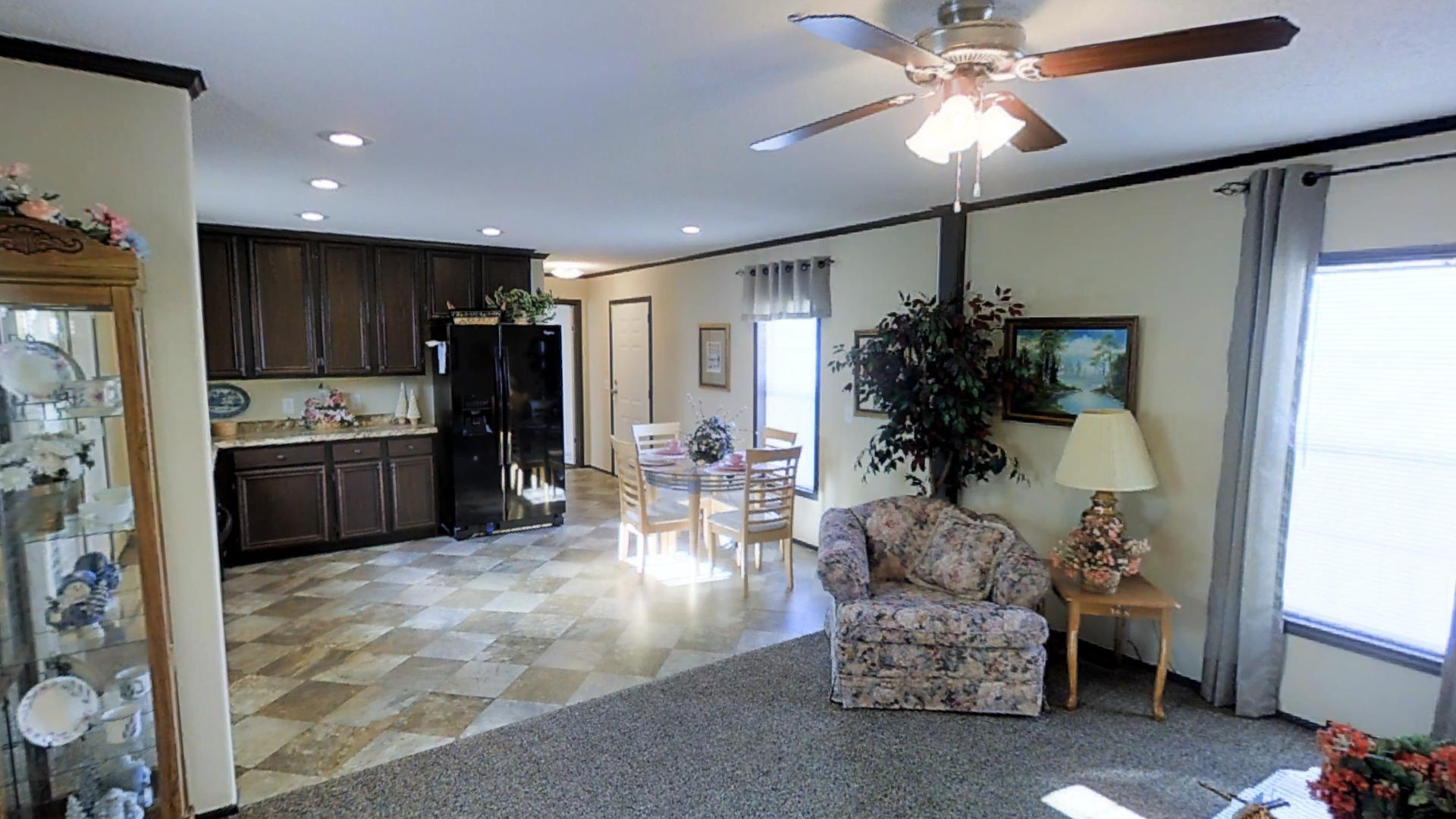 Floor Plan Excel Es1680 254 Sunshine Homes Home Mobile Home