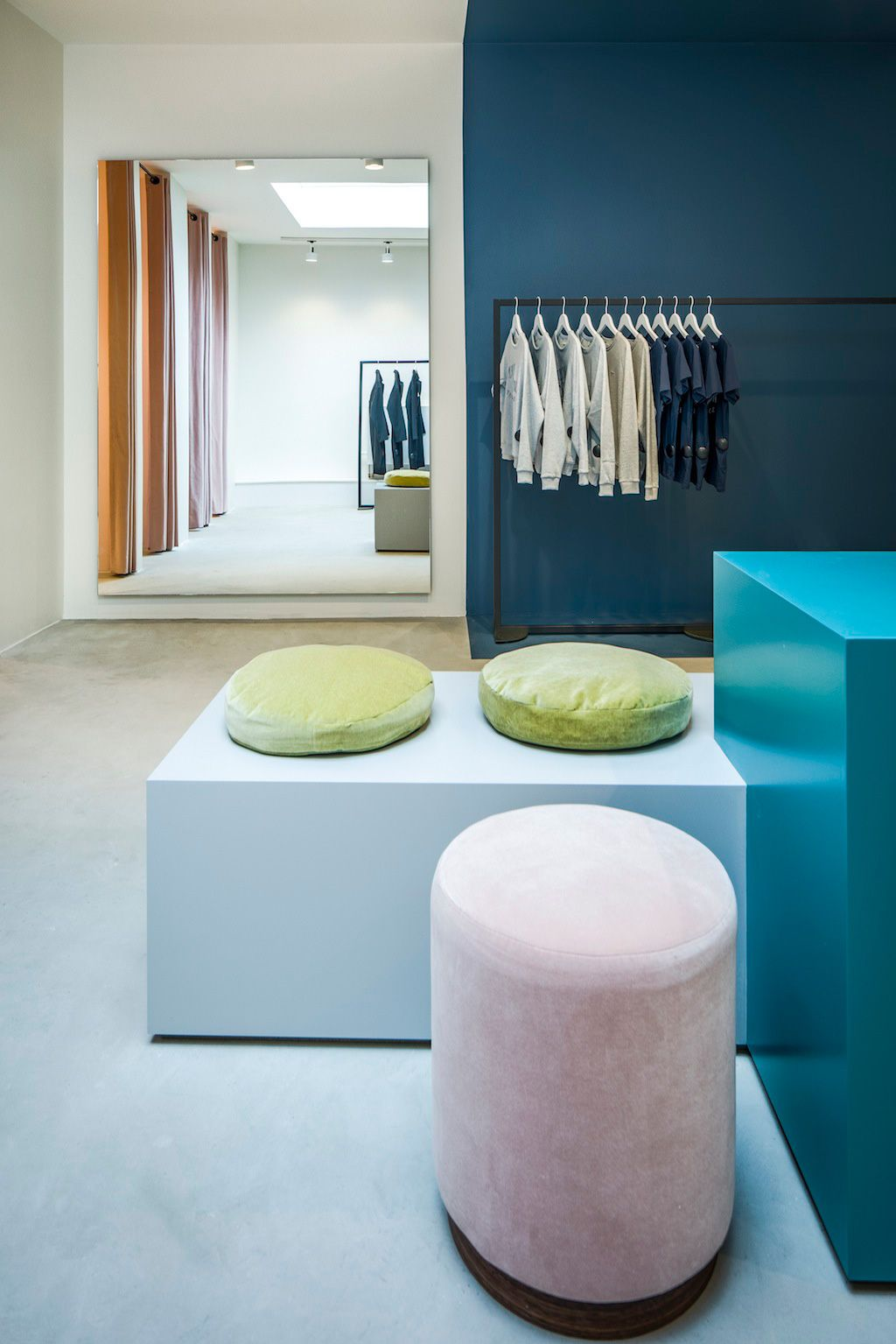 The Pelican Studio in Amsterdam by Framework | Yellowtrace Pastel pink and blue changing room. Retail