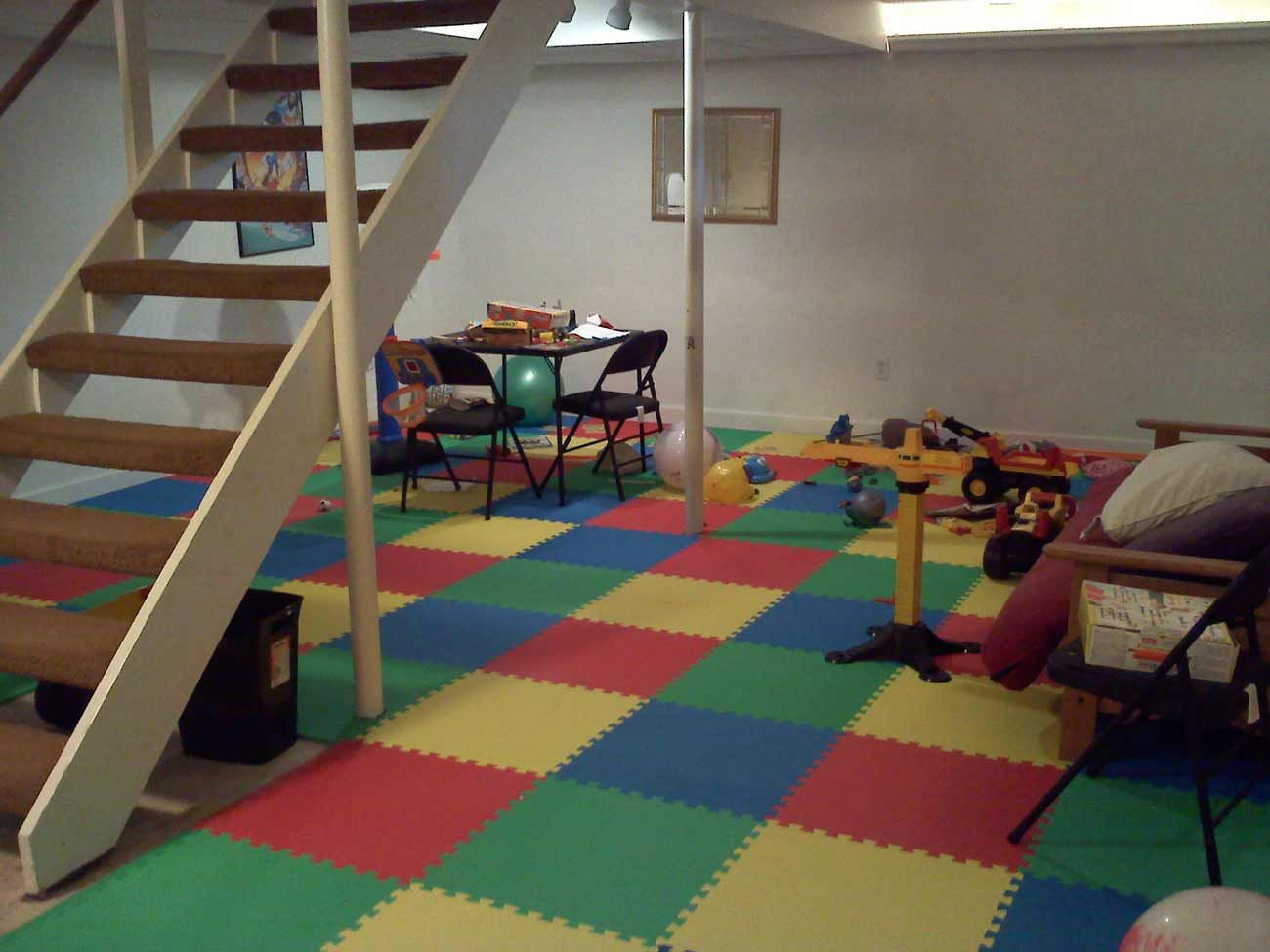 great basement design if you got kids and toys budget friendly too rh pinterest co uk