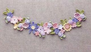 beside crochet: ورود كروشية تصلح اكسسوار للبنات
