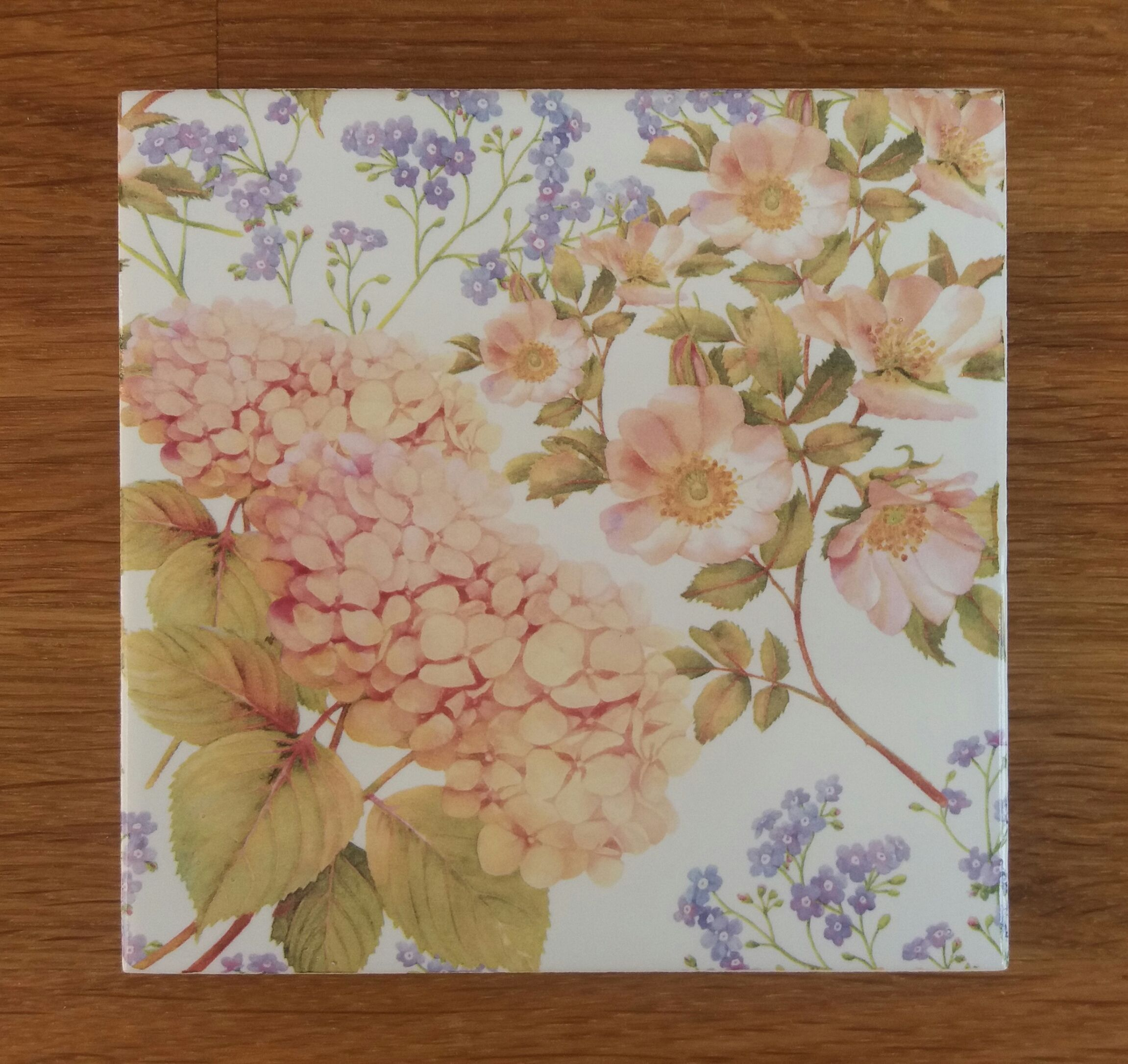 Hydrangea Floral Pattern Ceramic Wall Tile Ceramic wall