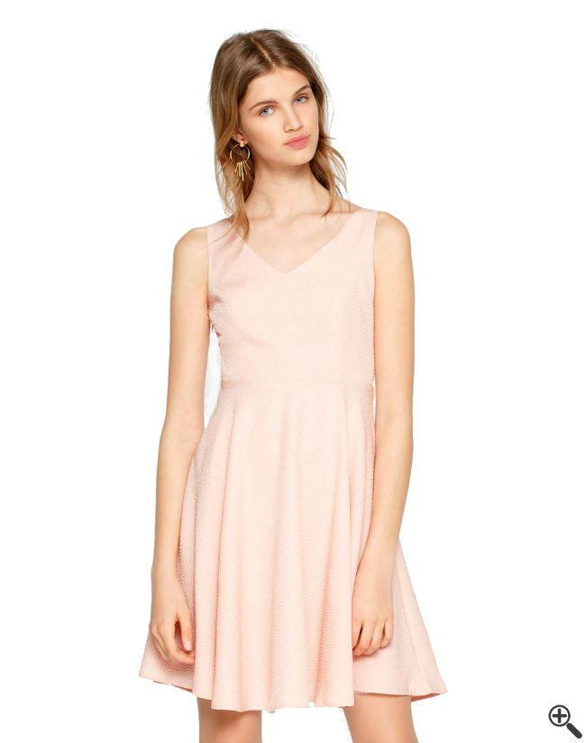 Kleider online zusammenstellen