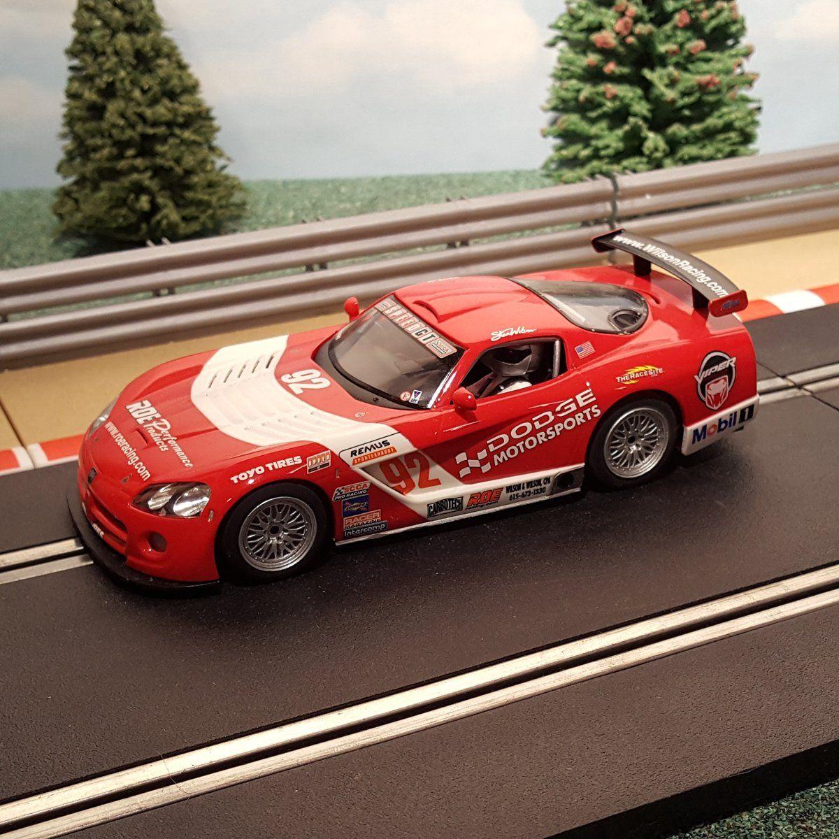 Scalextric 132 Digital Car C2691D Red Dodge Viper 92