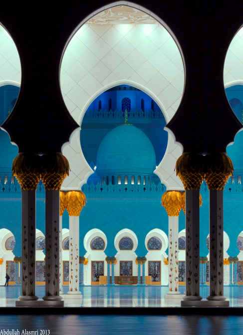 Sheikh Zayed Mosque, Abu Dhabi.      جامع الشيخ زايد