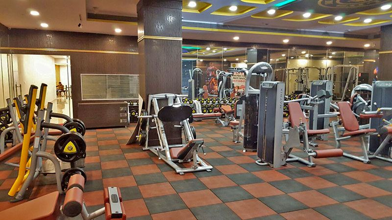 Gym Rubberflooring Made With Recycledrubbertiles Successfully Installeded At Delhi Gym 2000 Sq Ft By Fab Flooring Ind Rubber Flooring Rubber Tiles Flooring