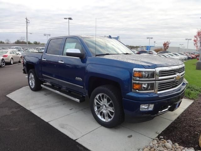 2015 chevrolet silverado 1500 high country charming chevy trucks pinterest 2015 chevrolet. Black Bedroom Furniture Sets. Home Design Ideas