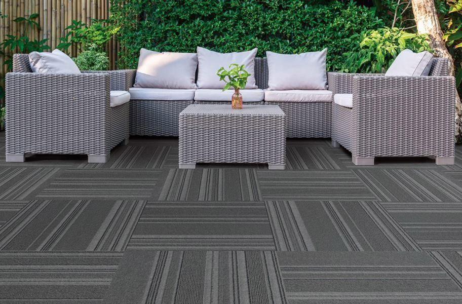 On Trend Carpet Tiles In 2020 Carpet Design Carpet Tiles Indoor Outdoor Carpet