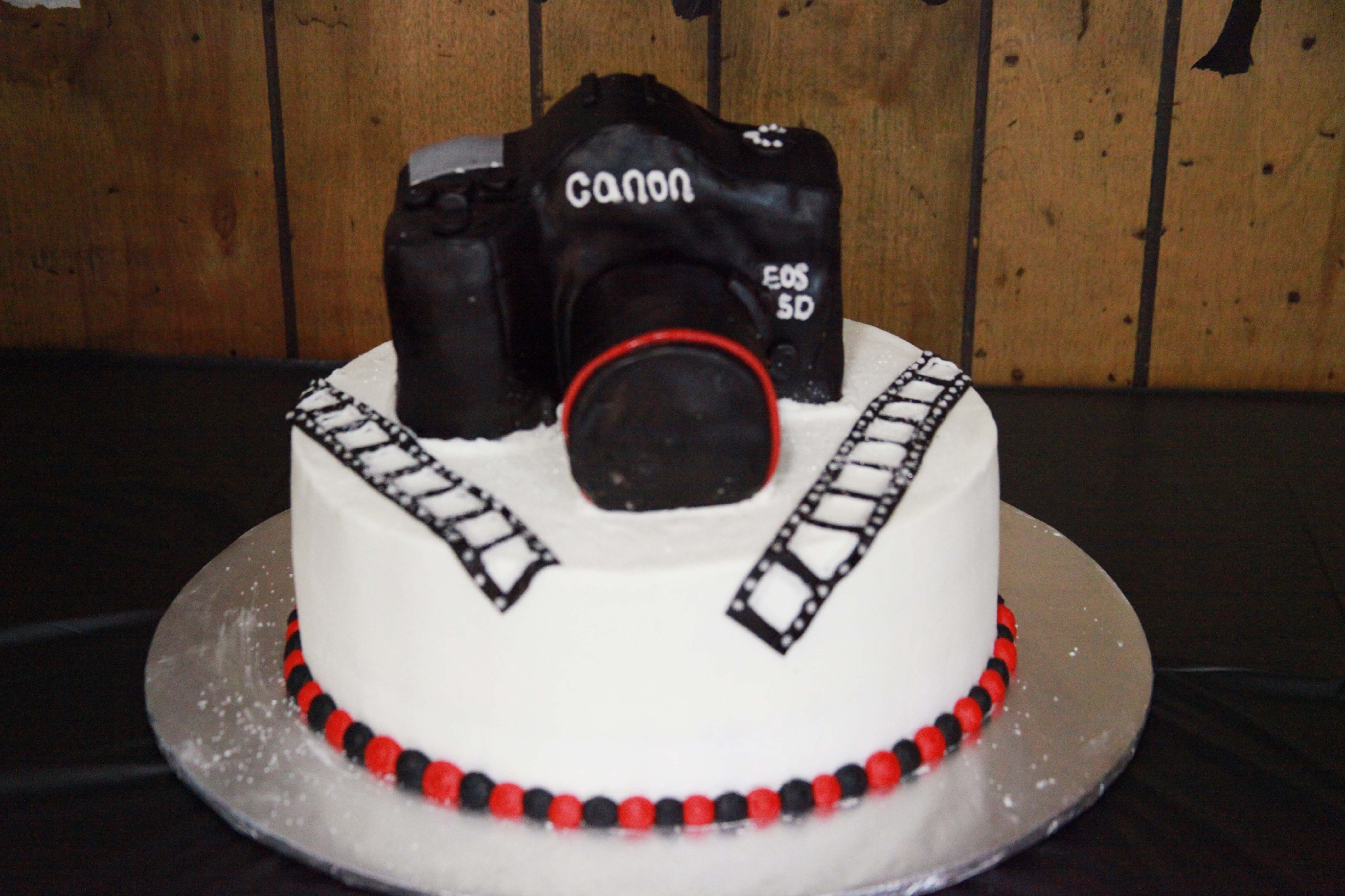 Swell Birthday Cake Camera Cameracake Canon Food Birthday Cards Printable Trancafe Filternl