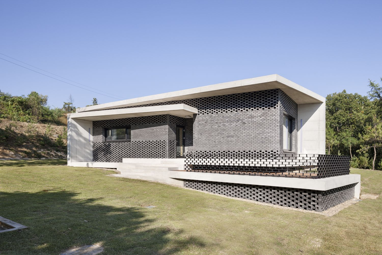 Modern Architecture Origin gallery of house in gyopyeong-ri / studio origin - 14 | studios