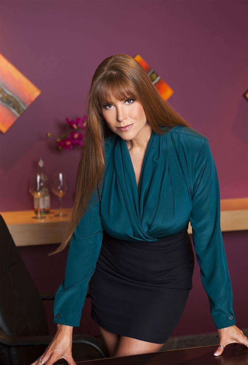 """Darla Crane, Height 5' 6"""", born May 21, 1966 in Los ..."""