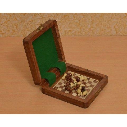 Mini Schachkassette aus Sheeshamholz magnetisch Reiseset >> http://www.chessbazaar.de/reise-schachspiele/magnetisch-reise-schachspiele/mini-schachkassette-aus-sheeshamholz-magnetisch-reiseset.html