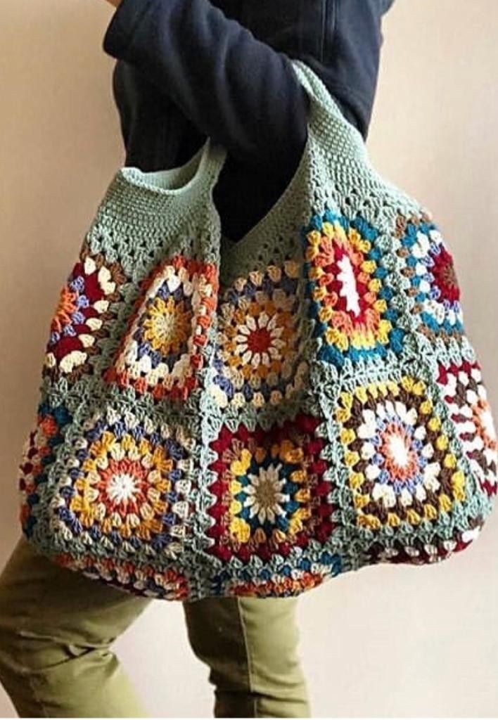 Put those crochet granny squares from odd wool balls to great use with this insp  JALE FAHİRE