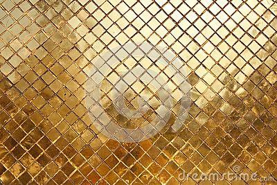 Gouden Mozaiek Tegels : Mozaïek dat van gouden tegels achtergrond wordt gemaakt