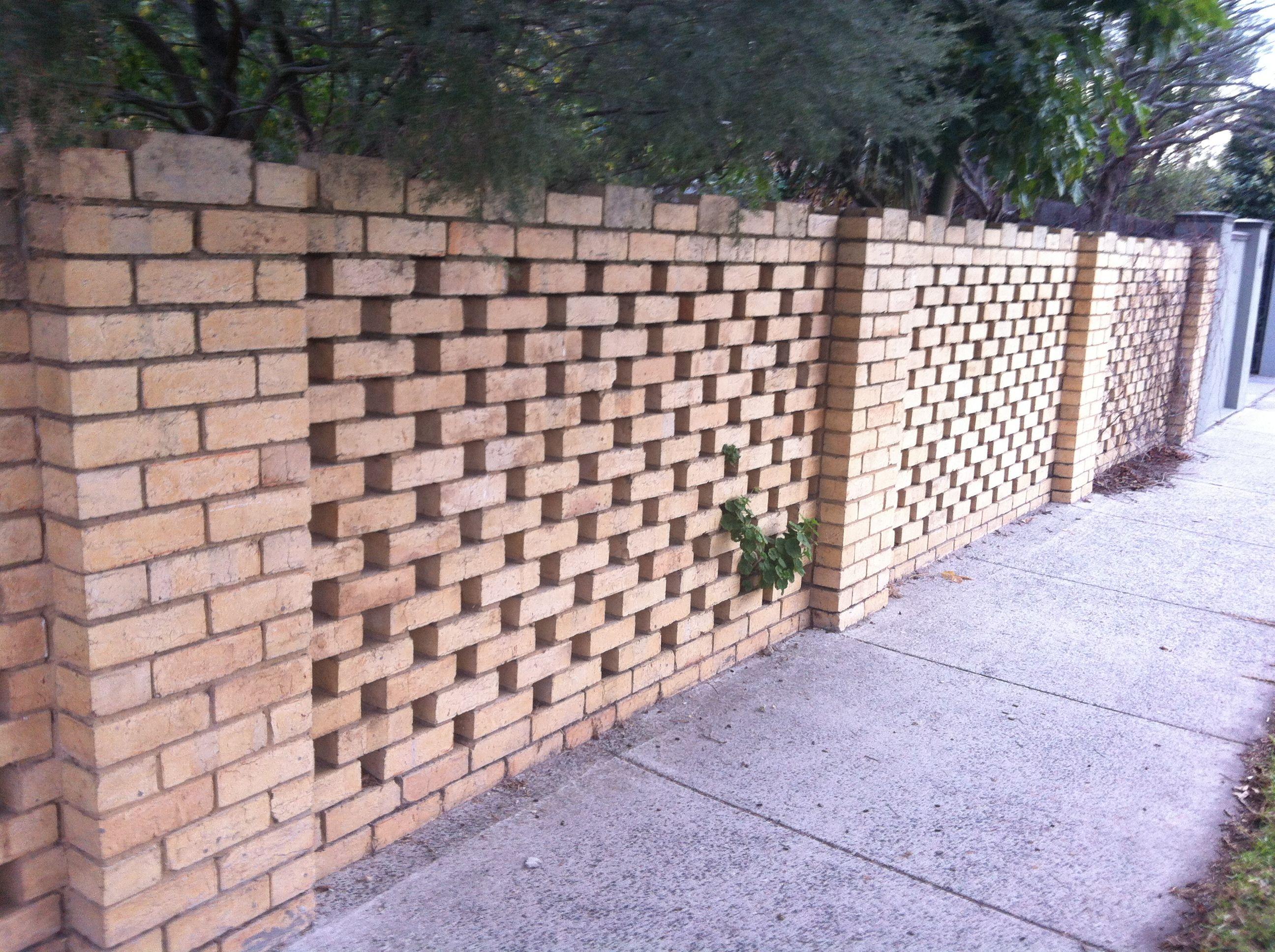 Fencing Idea Staggered Bricks As Alternative To Breezeblocks
