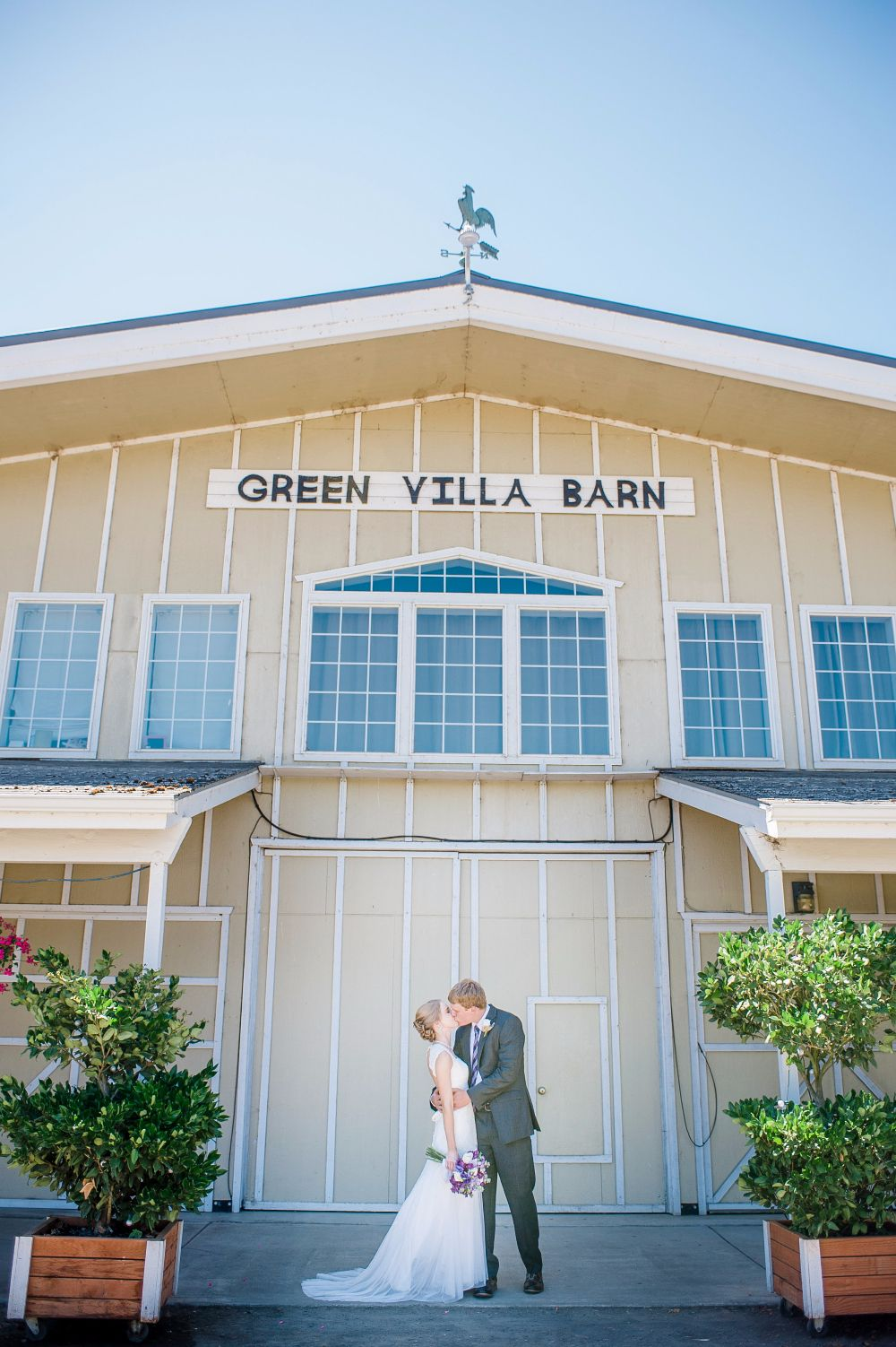 How To Plan An Amazing Oregon Barn Wedding | Oregon ...