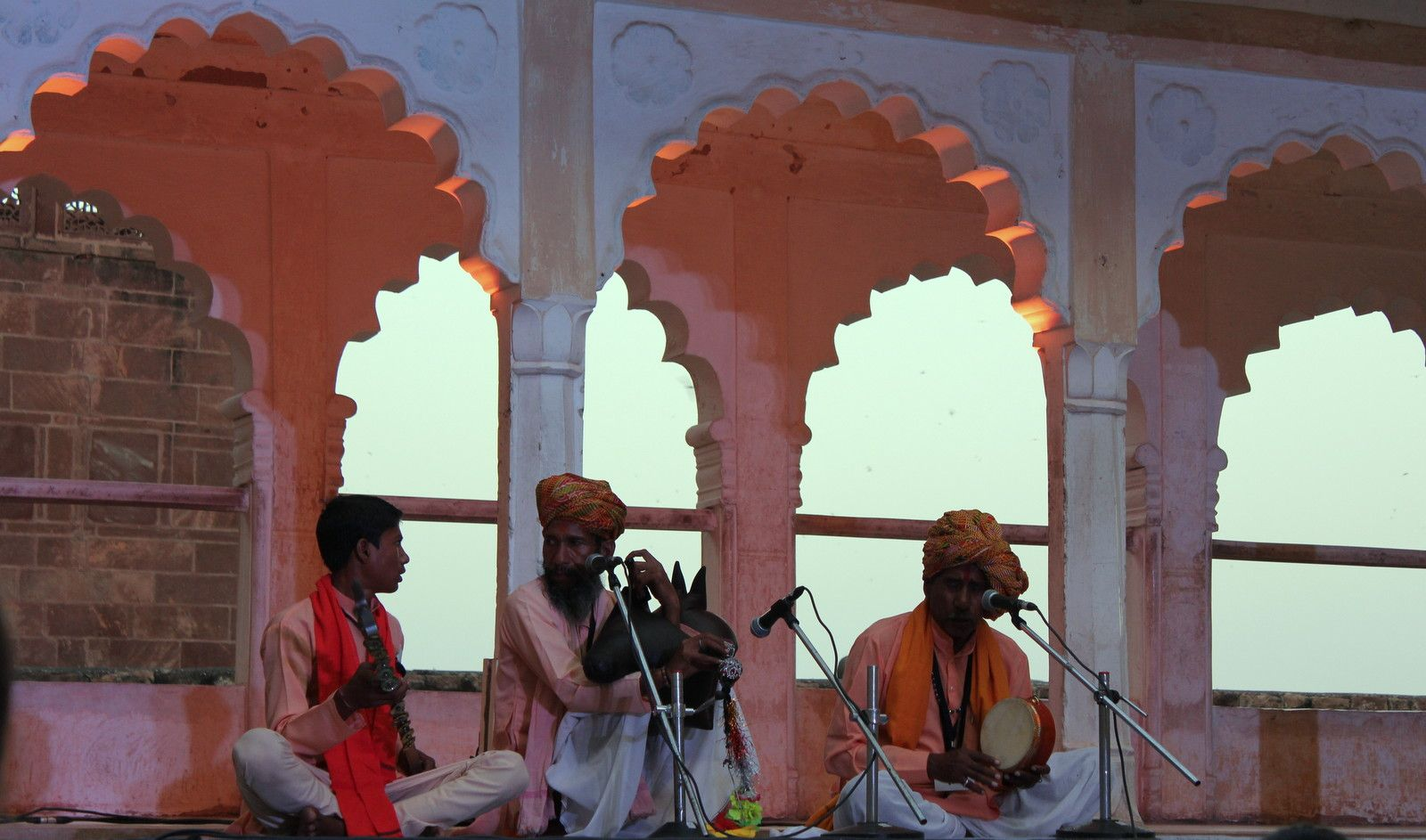 Pratapnath Jogi performance.