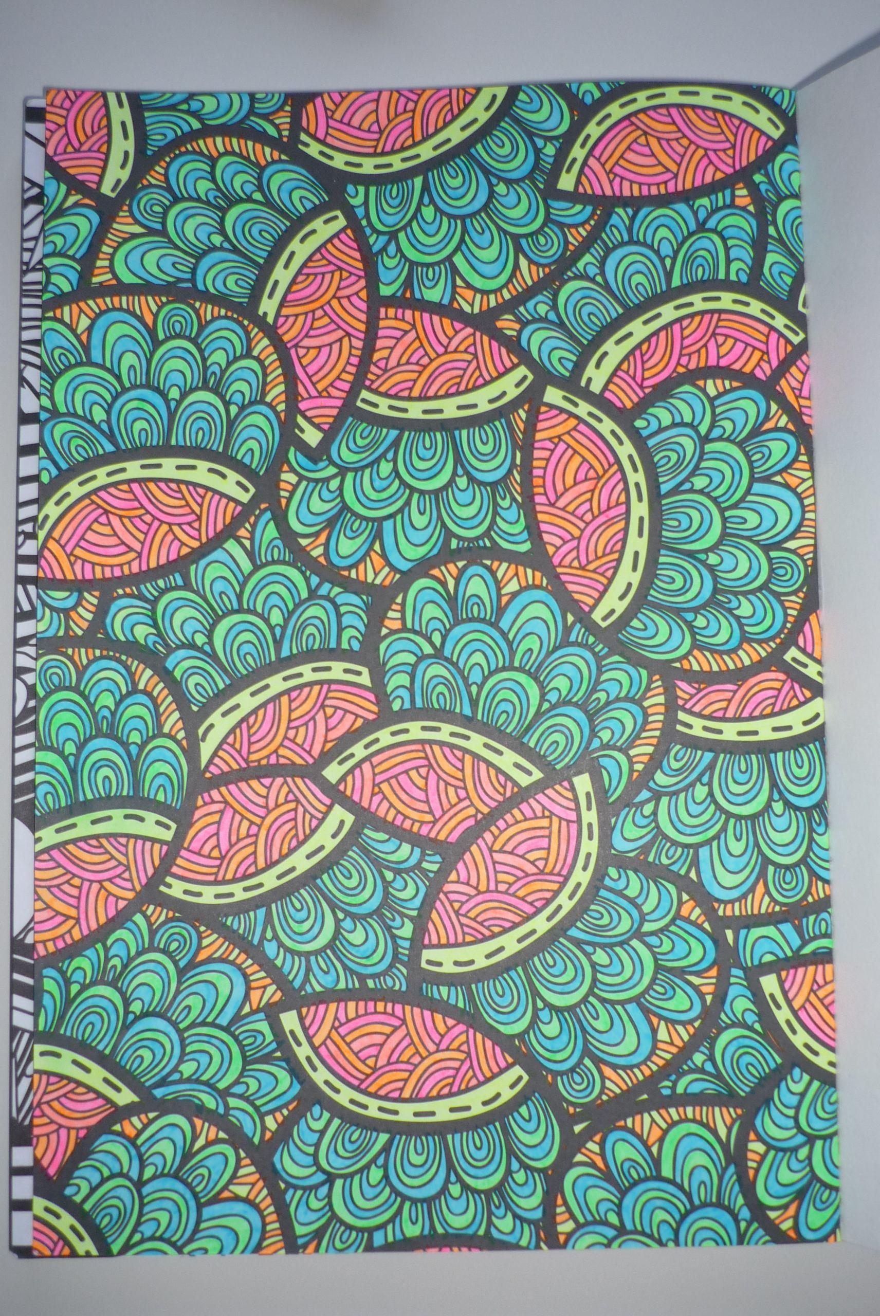 Het Enige Echte Kleurboek Voor Volwassenen Girlscene Forum Kleurboek Kleur Kunst Mandala Tekeningen