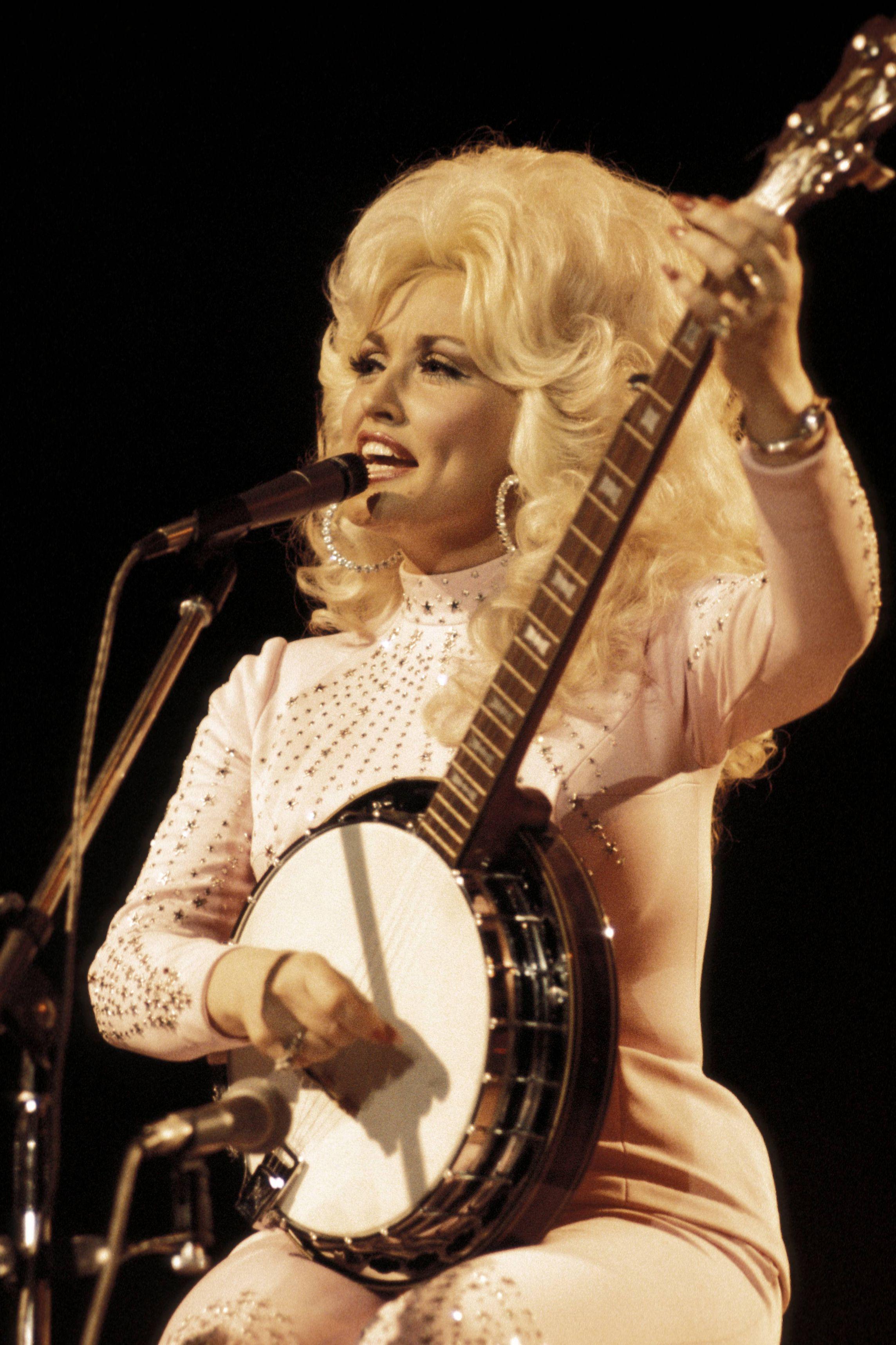 Dolly Parton Photos That Will Give You Life - Vintage Dolly Parton Photos