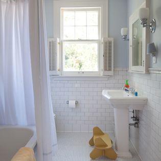 http://www.houzz.com/photos/946469/West-Isles-Kids-Bath-traditional-bathroom-minneapolis