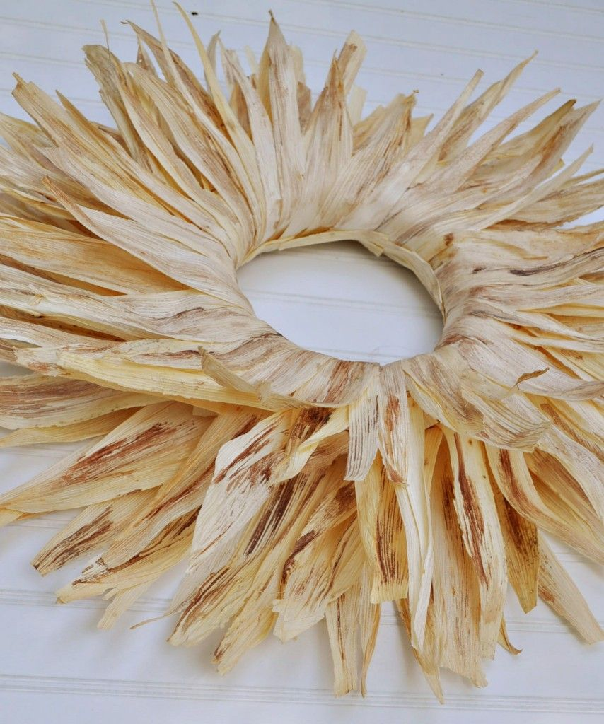Corn husk wreath~now is the time to make!!!