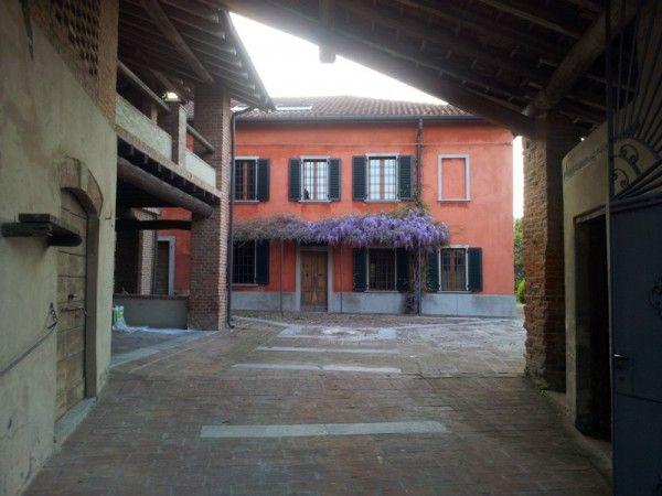 foto  Rustico / Casale frazione Torre Sacchetti, Stradella
