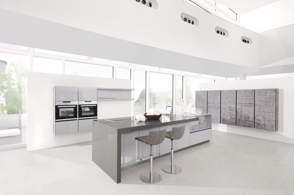 Gloss Matt Wood Kitchen Finishes: Two Tone Kitchen With Dark Pine Real Wood And Grey Gloss