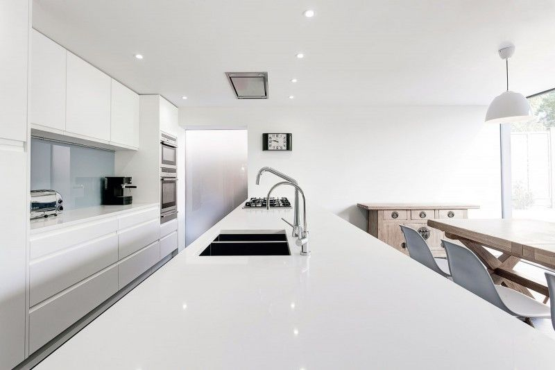 The Medic's House by AR Design Studio 05