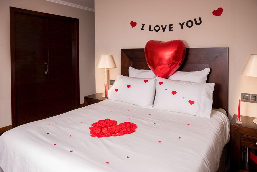 Con este pack podr s decorar una habitaci n o estancia for Ideas noche romantica