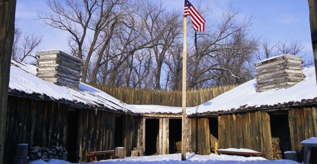 Fort Mandan In Winter North Dakota Pictures North Dakota History Com Lewis And Clark Trail Lewis And Clark North Dakota