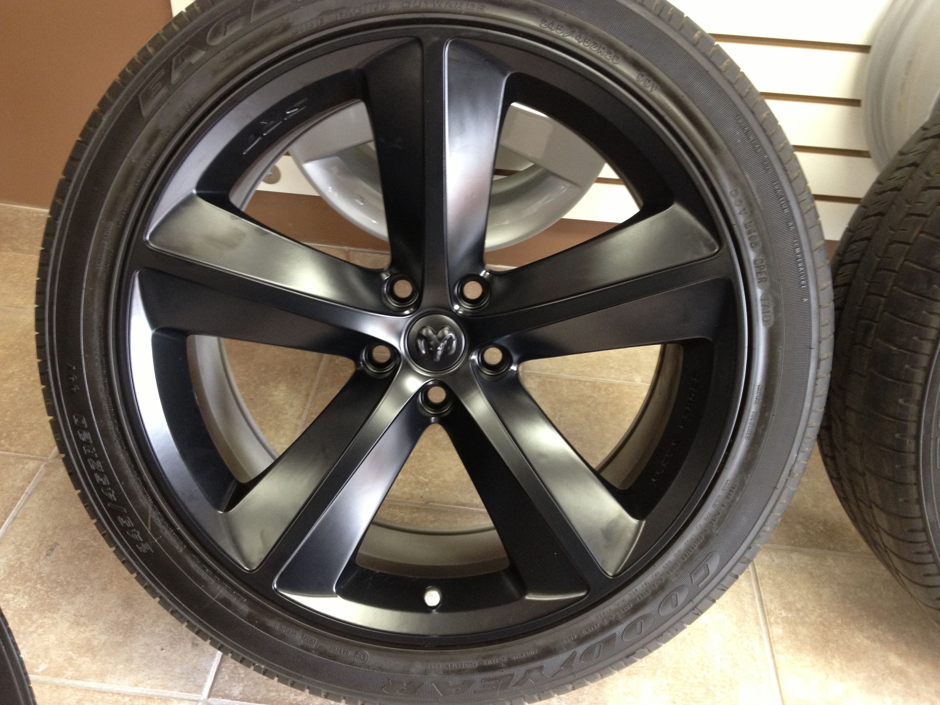 2010 Dodge Challenger Rims And Cntr Caps Painted Deep Black With A