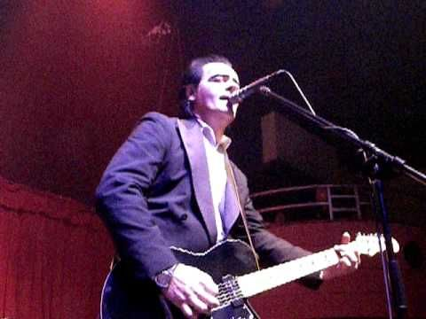 Unknown Hinson - Behind Blue Eyes. Southgate House. Newport, KY. 04-24-10