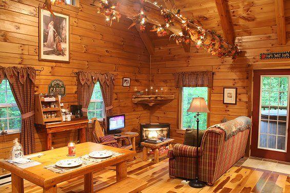 Luxury Hocking Hills Ohio Cabin Rental W Indoor Hot Tub Game Room Lovers Loft Cabin In 2021 Indoor Hot Tub Tiny House Interior Design Hocking Hills Ohio Cabins