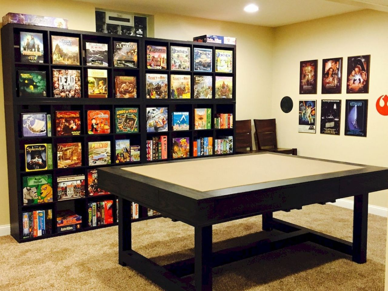 Whether large or small, modern or traditional, the family room is meant for gathering, relaxing, and enjoying each other's company. 17 DIY Game Room Ideas | Video game rooms, Game room ...