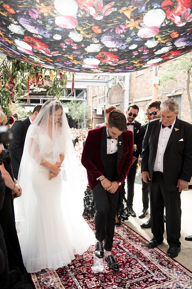 A Vesselina Bride For An Edgy Colorful Jewish Wedding At Fox Junction In Johannesburg South Africa Smashing The Glass Jewish Wedding Blog Jewish Wedding Chuppah Wedding Chuppah