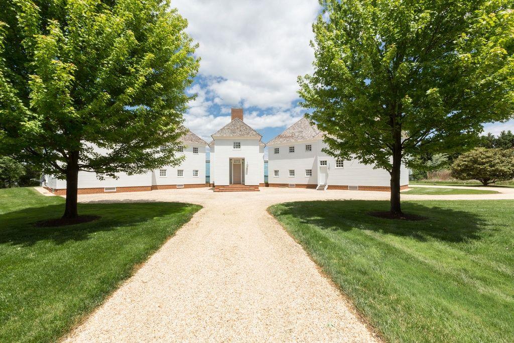 Awardwinning minimalist waterfront home asks 295m