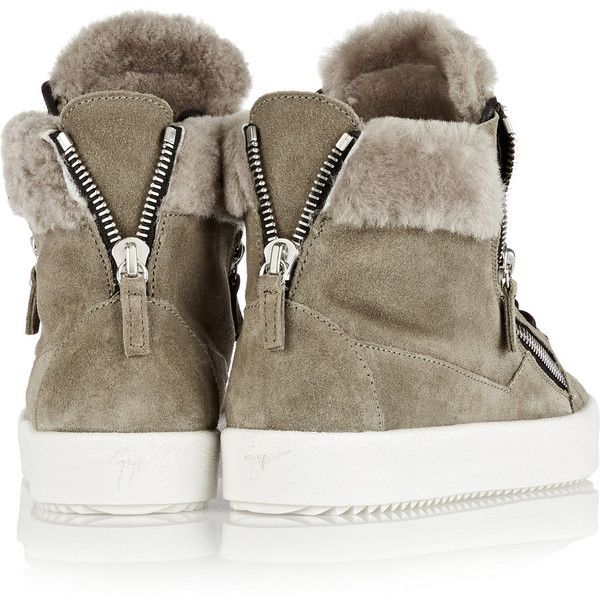 Giuseppe Zanotti May London shearling-lined suede high-top sneakers (3.005 BRL) ❤ liked on Polyvore featuring shoes, sneakers, green, giuseppe zanotti shoes, green sneakers, green suede shoes, high top sneakers and slip on shoes