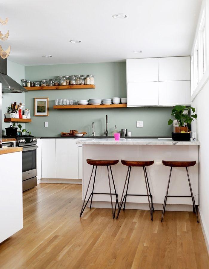 1001 Idees Comment Integrer La Peinture Vert De Gris Dans Son Interieur Peinture Vert De Gris Comment Amenager Une Cuisine Et Idee Couleur Cuisine