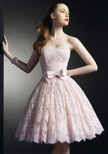 Une Robe En Dentelle Rose Bonbon Dress Me Like A Princess