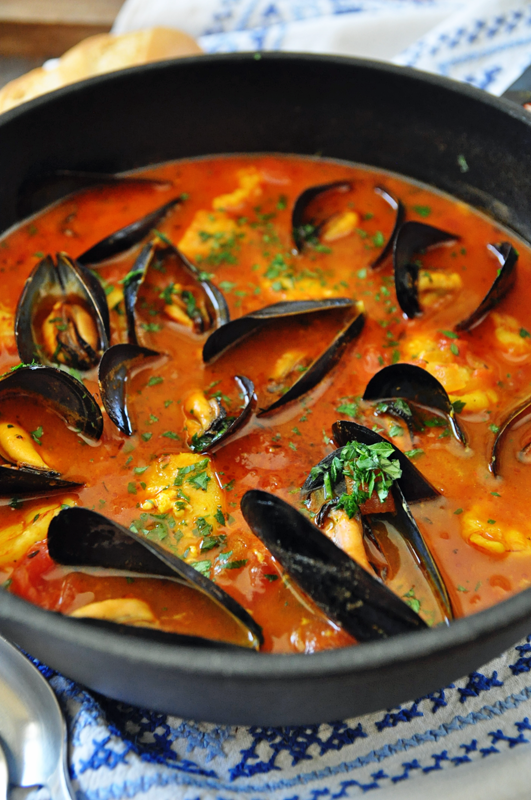 One-Pot Spicy Spanish Seafood Stew #seafoodstew