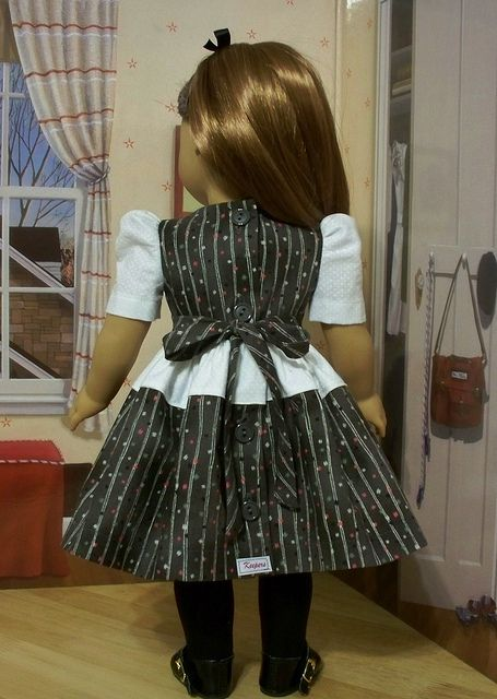 Back View of 1940s Party Frock by Keepersdollyduds, via Flickr
