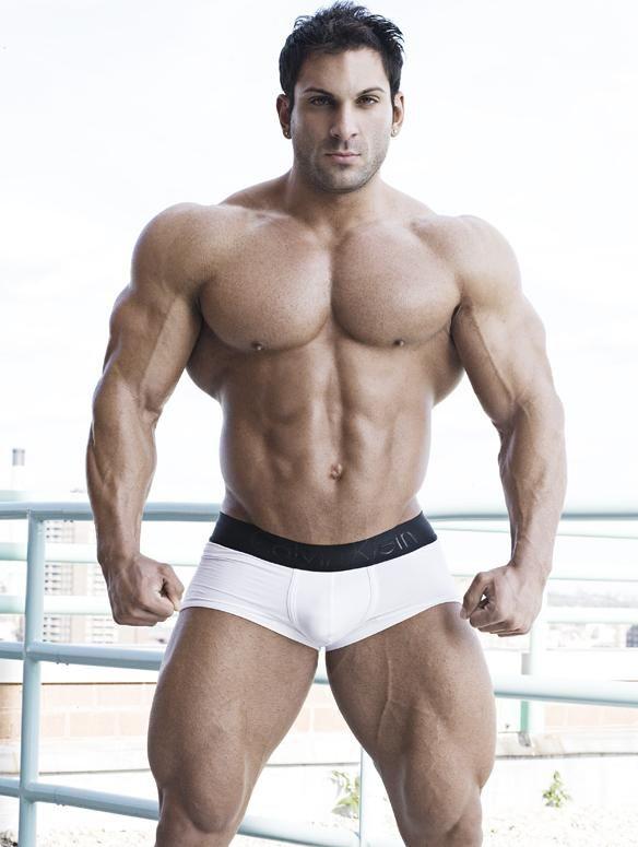 moore wanda Mature bodybuilder