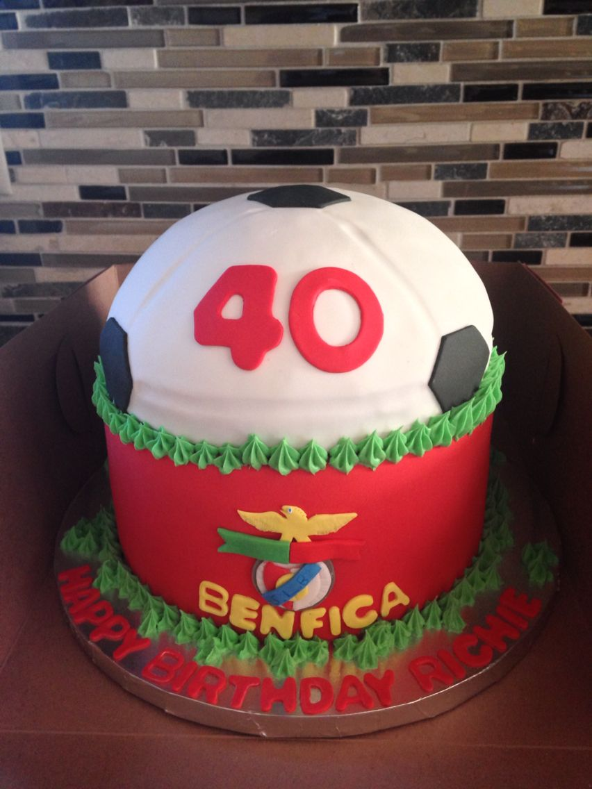 Arte Cafe Benfica Benfica Themed 40th Birthday Cake Sweet Chaos Birthday Cake