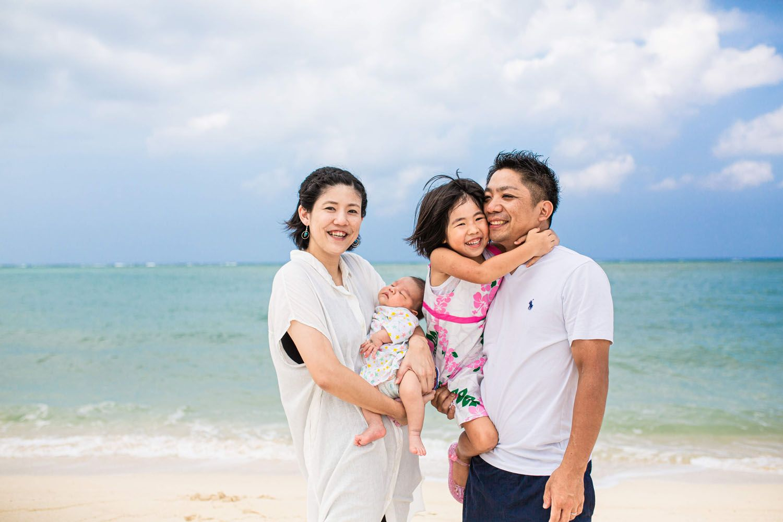 沖縄 アラハビーチ ファミリーフォト撮影 ファミリーフォト 撮影 写真