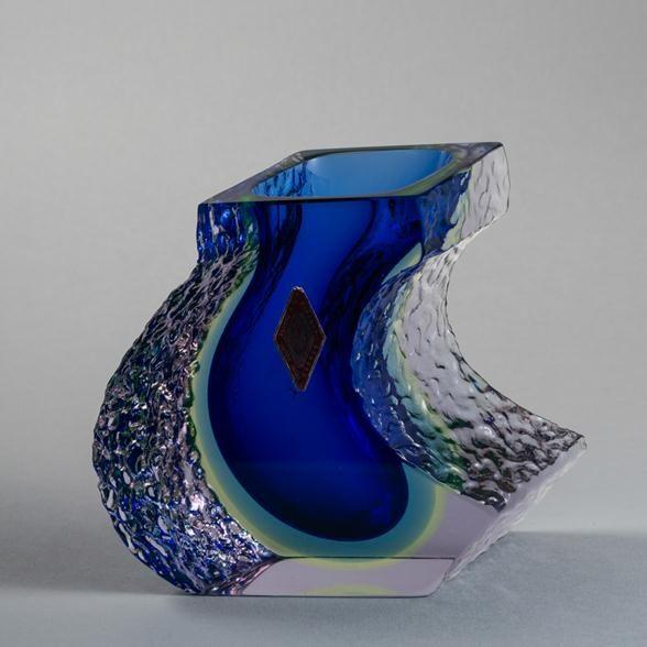 Talisman An Unusual Shaped Mandruzato Designed Murano Sommerso Glass Vase 1960s Unique Vases Vase Venetian Glass