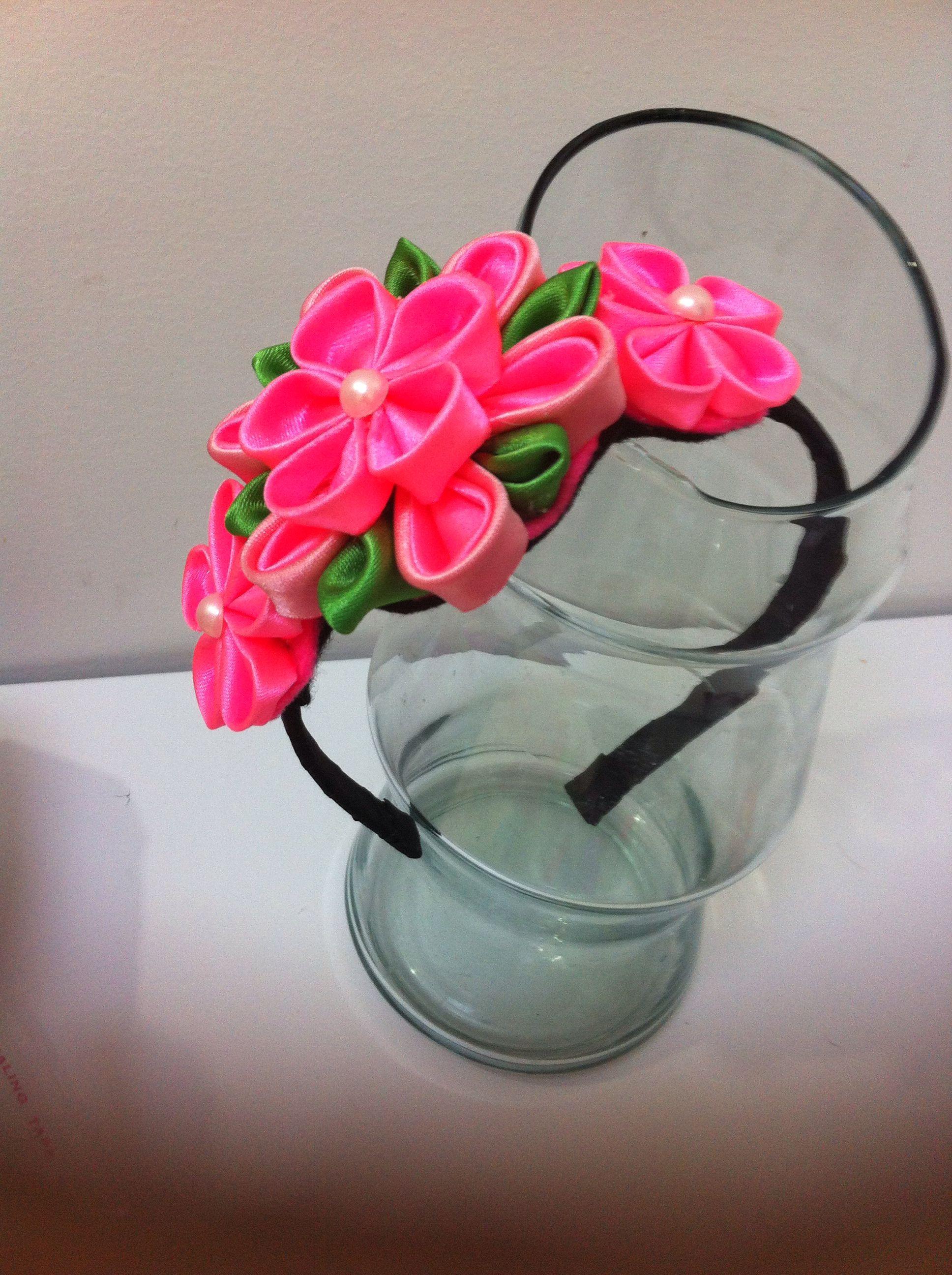 Diadema de flores inf bianca.daza@hotmail.com